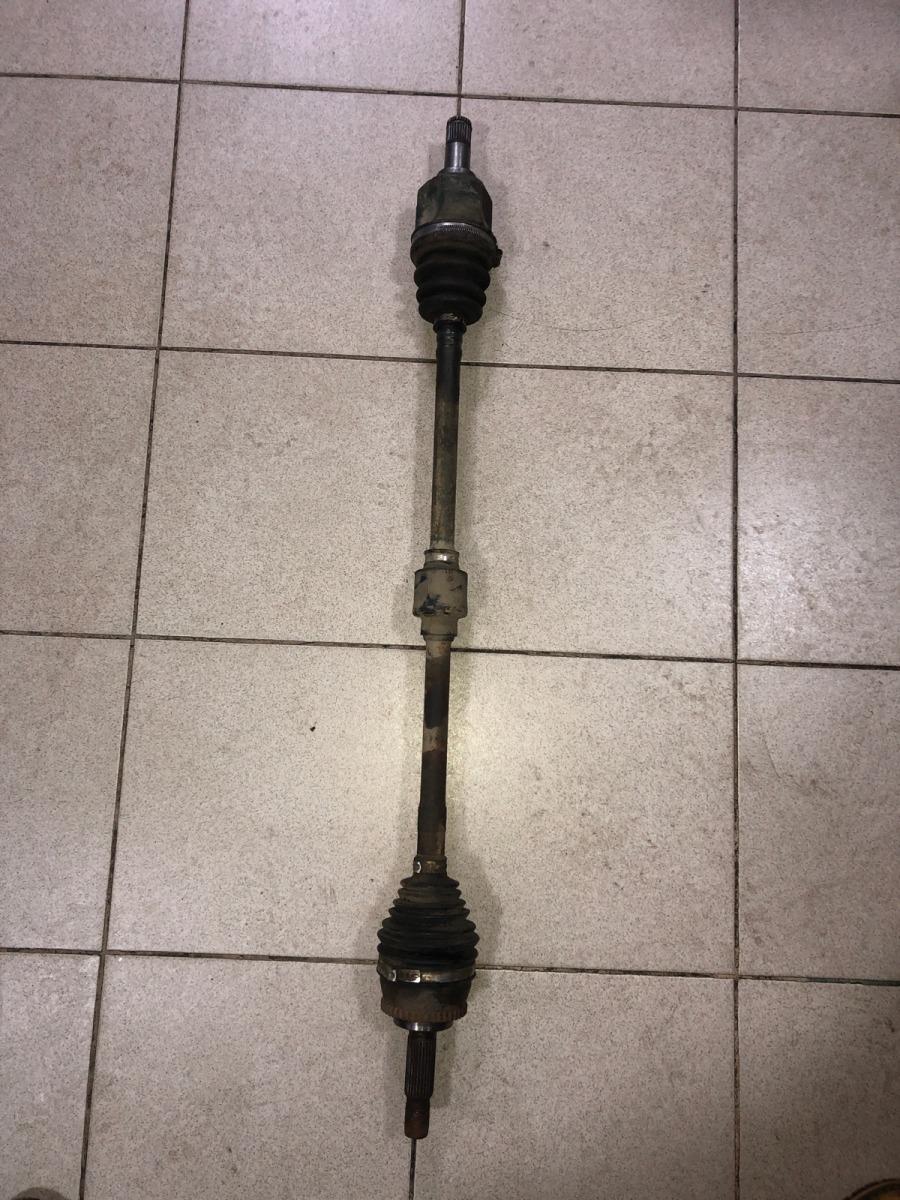 Полуось (привод) Mitsubishi Carisma СЕДАН 1.8 GDI 1999 передний правый (б/у)