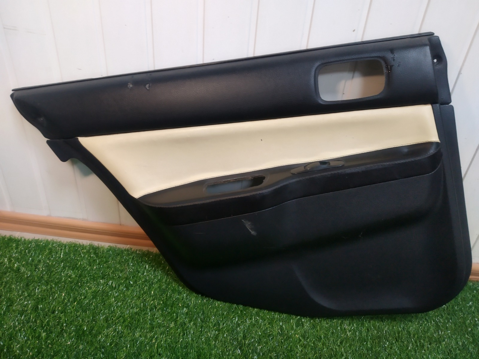 Обшивка двери Mitsubishi Lancer 9 СЕДАН 1.6 2006 задняя левая (б/у)