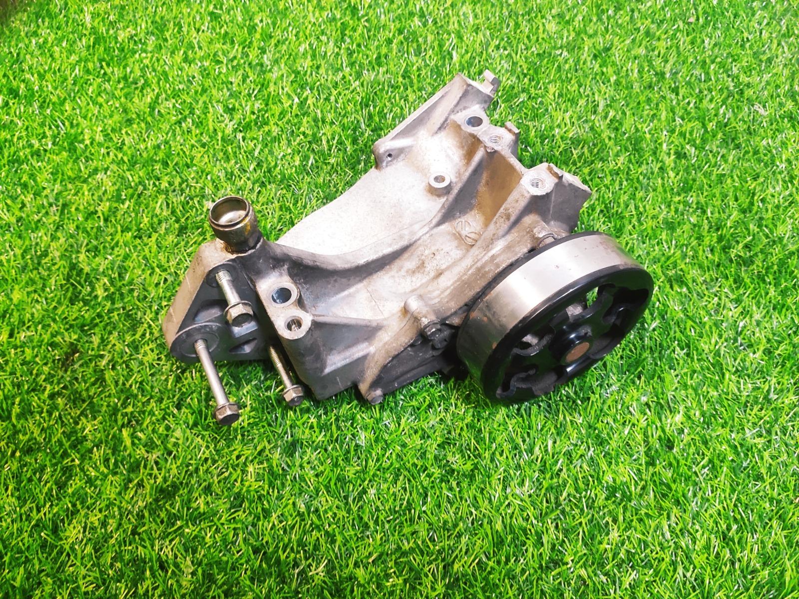 Насос водяной (помпа) Honda Cr-V 3 2.4 2011 (б/у)