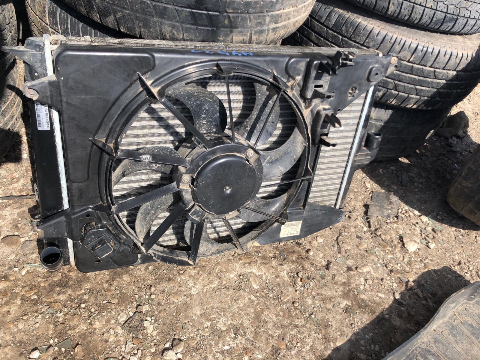 Радиатор охлаждения Renault Logan СЕДАН 1.6 2008 (б/у)