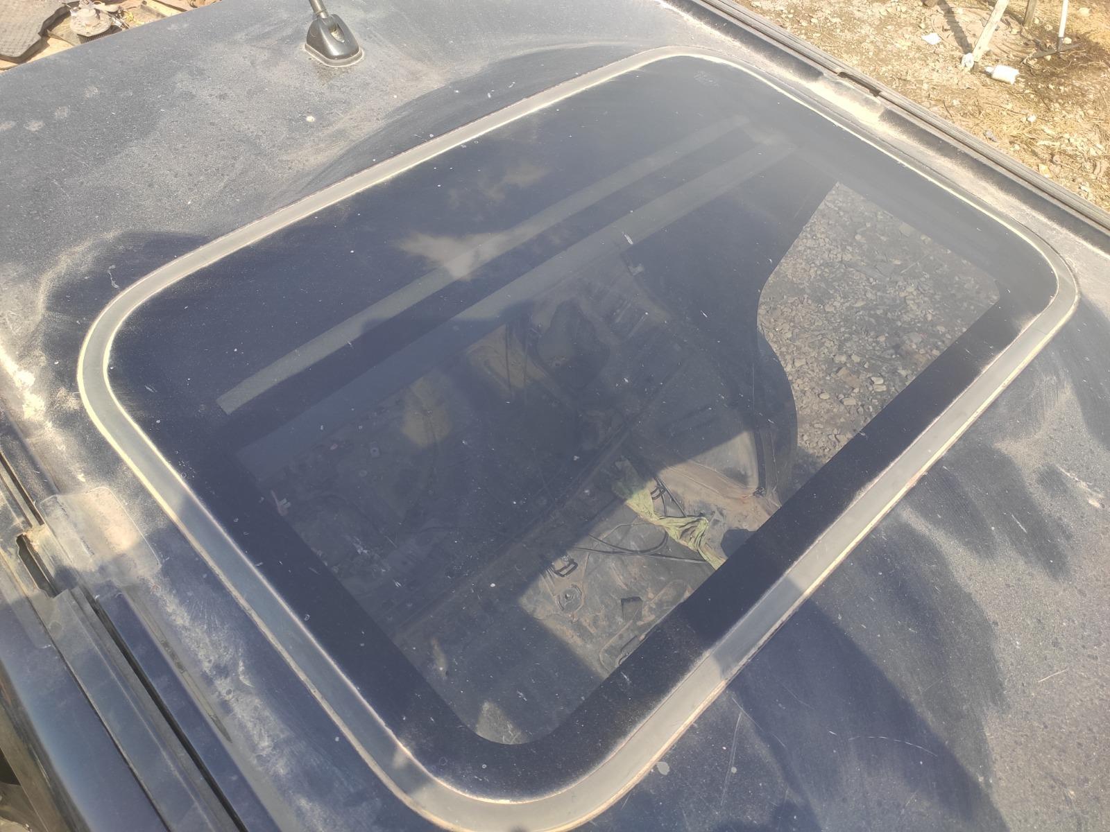 Люк в крышу Mitsubishi Outlander CU5W 2.4 2005 задний (б/у)