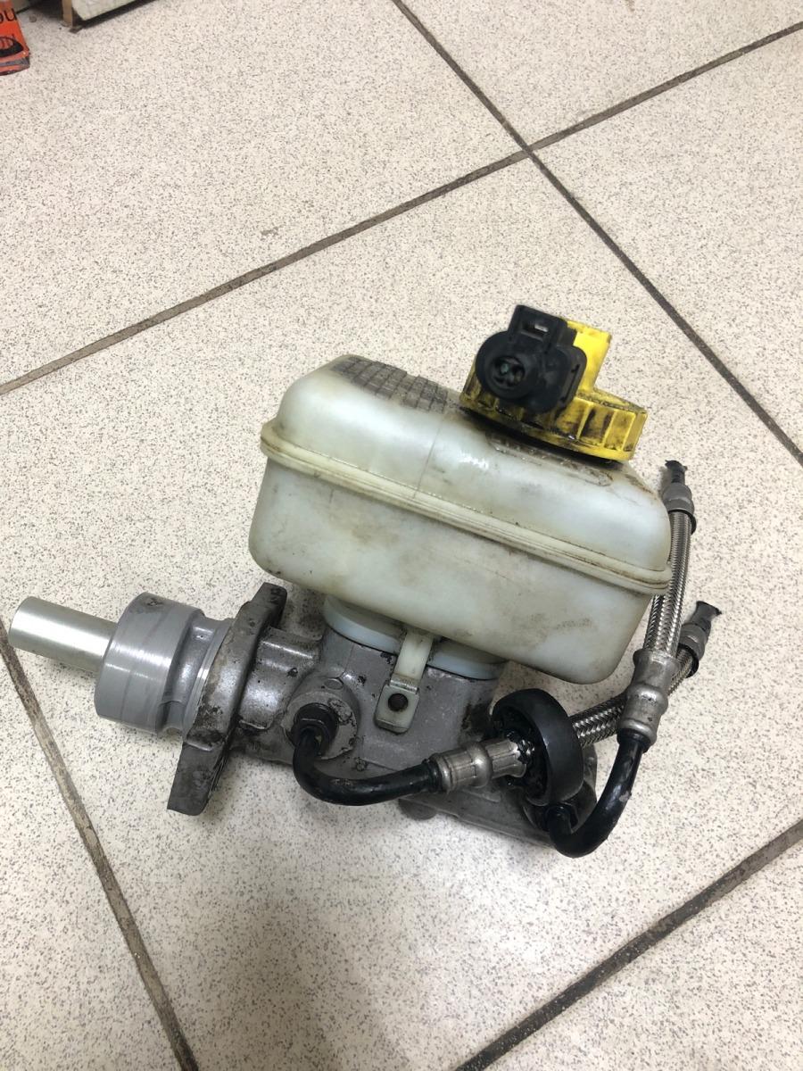 Главный тормозный цилиндр Audi A3 СЕДАН 1.6 2000 (б/у)