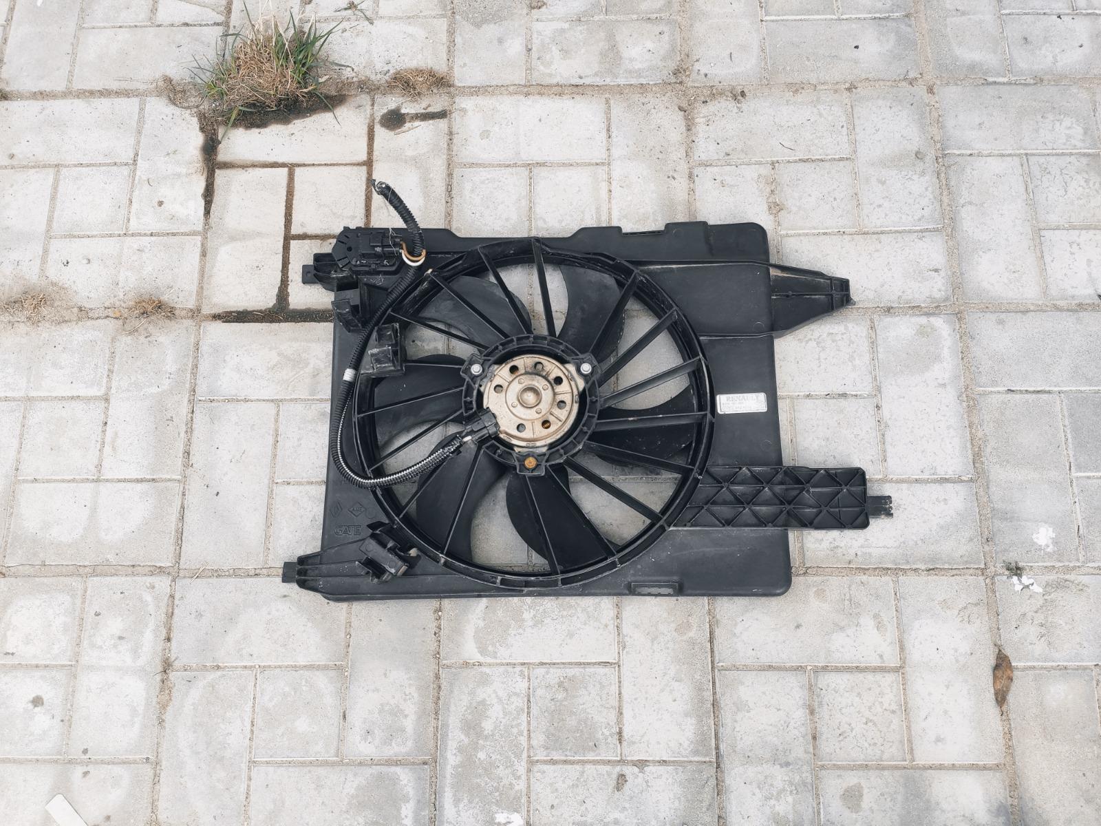 Диффузор радиатора Renault Megane 2 (б/у)