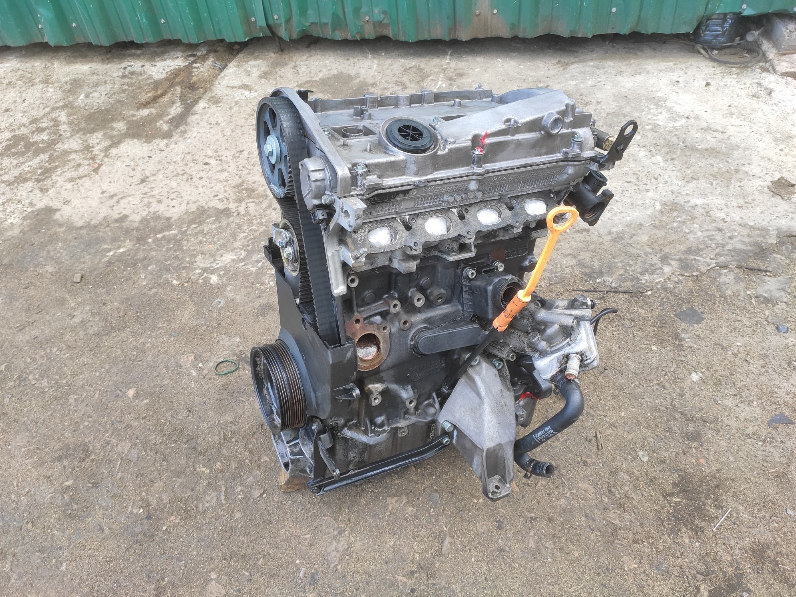 Двигатель Audi A4 B5 1.8 (б/у)
