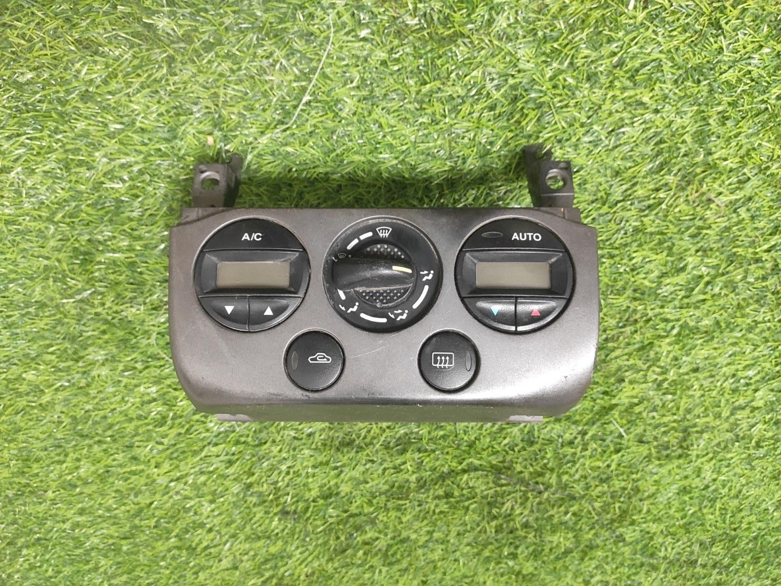 Блок управления климатической установкой Nissan Primera P11E (б/у)