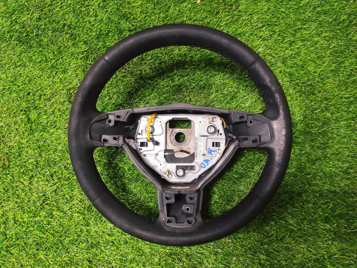Руль Opel Astra H (б/у)