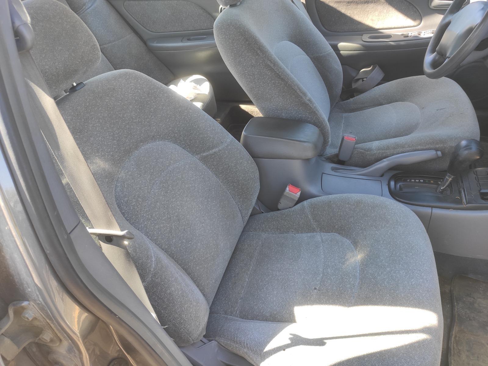 Комплект сидений Hyundai Sonata 2.4 2001 (б/у)