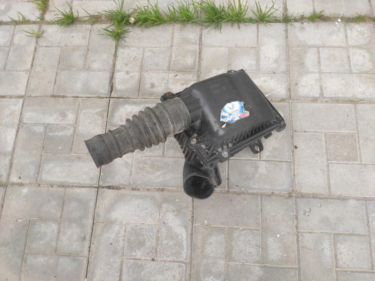 Корпус воздушного фильтра Kia Sportage (б/у)