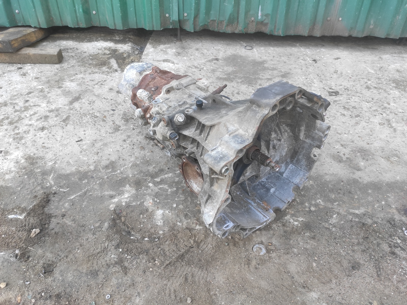 Мкпп Audi A6 C5 2.4 (б/у)