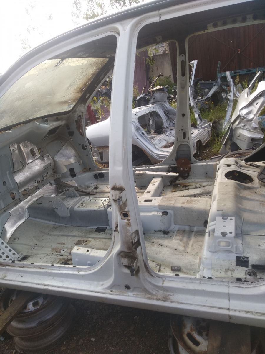 Центральная стойка Datsun On-Do СЕДАН 1.6 2015 левая (б/у)