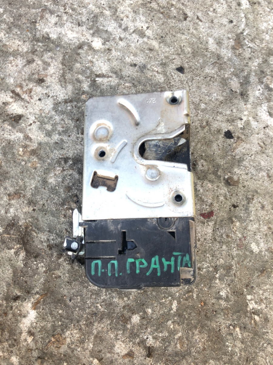 Замок двери Lada (Ваз) Granta ЛИФТБЕК 1.6 2016 передний правый (б/у)