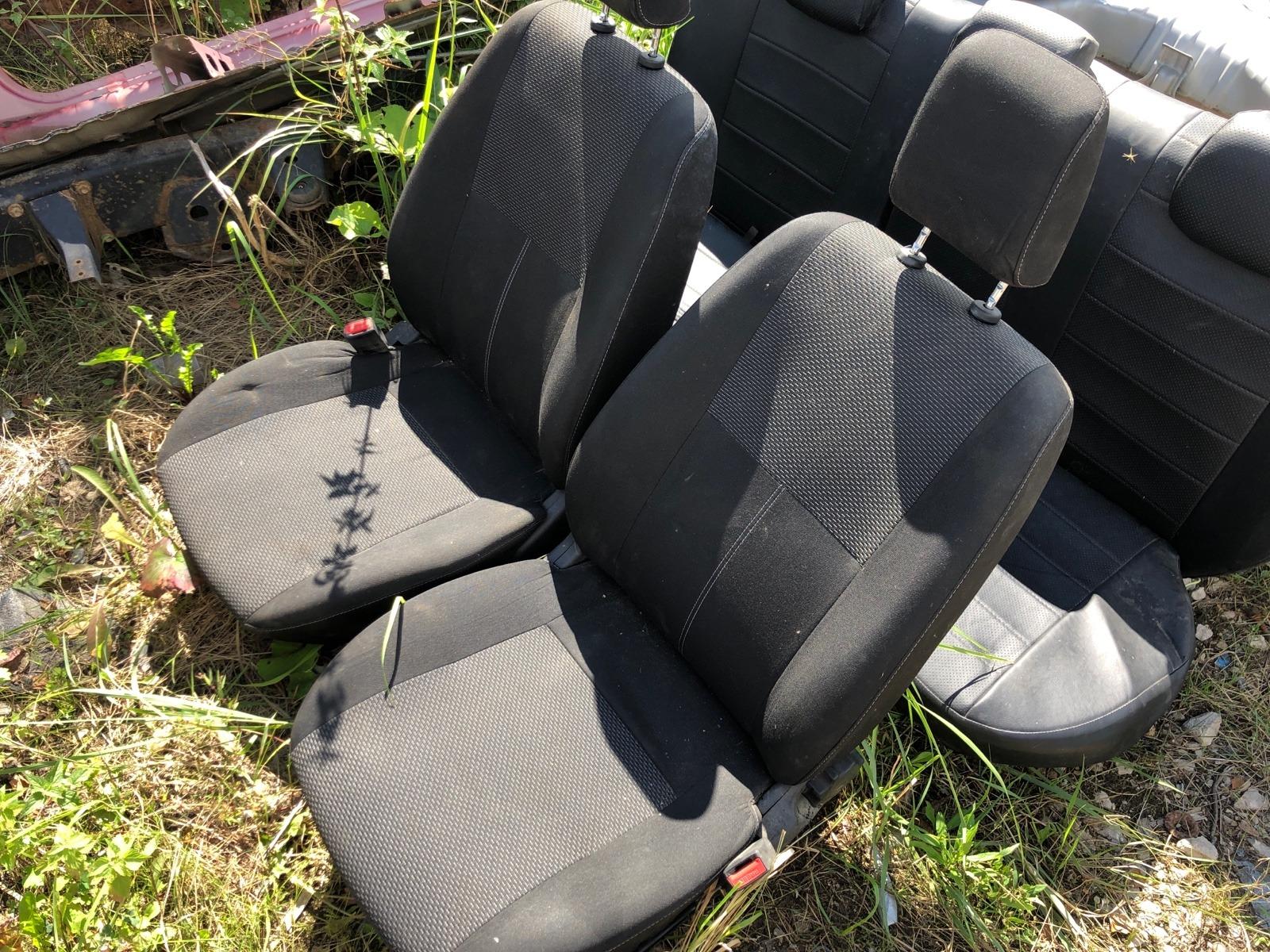 Комплект сидений Lada (Ваз) Granta ЛИФТБЕК 1.6 2016 (б/у)