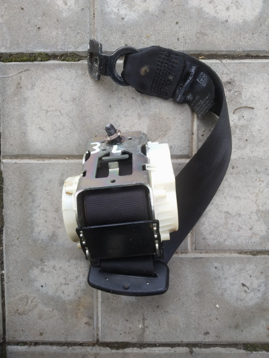Ремень безопасности Ford Focus 3 СЕДАН 1.6 2012 задний левый (б/у)