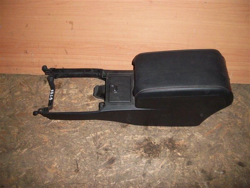 Консоль между сидений Toyota Camry СЕДАН 2.0 2012 (б/у)
