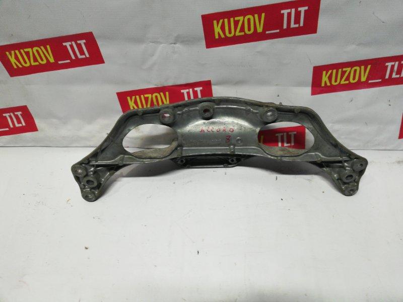 Кронштейн рулевой рейки Honda Accord 8 2.4 (б/у)