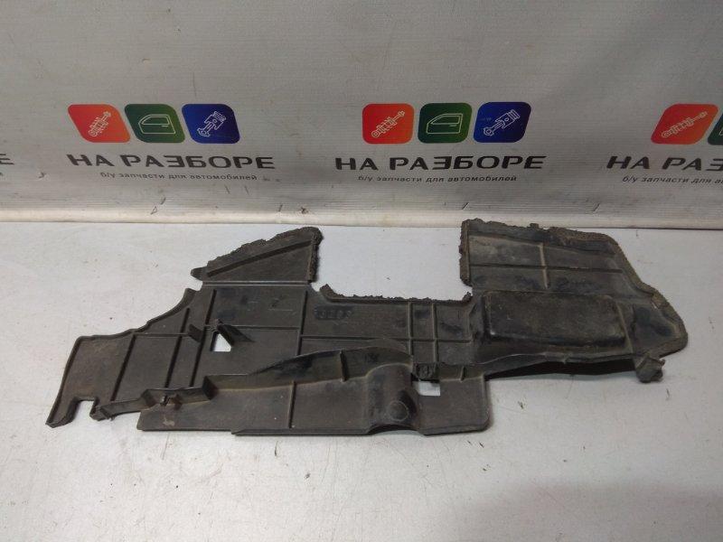 Дефлектор радиатора Toyota Camry V40 передний правый (б/у)