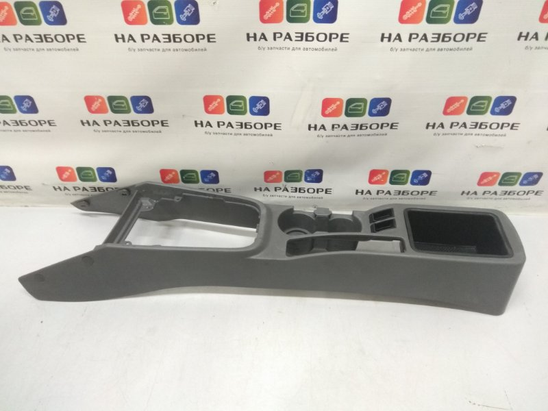 Консоль между сидений Kia Spectra LD 1.6 S6D 2007 (б/у)
