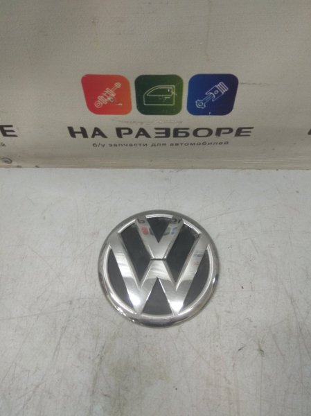 Эмблема Volkswagen Touareg задняя (б/у)