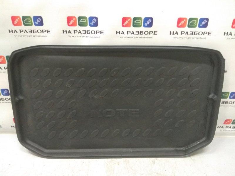 Коврик багажника Nissan Note E11 1.6 2007 (б/у)