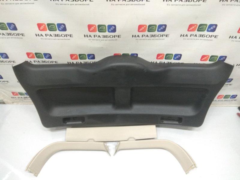 Обшивка крышки багажника Land Rover Freelander 2 L359 2.2 2008 (б/у)