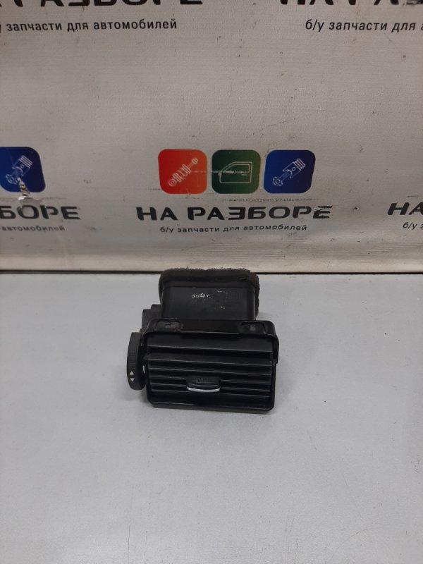 Дефлектор на торпедо Chevrolet Lacetti левый (б/у)