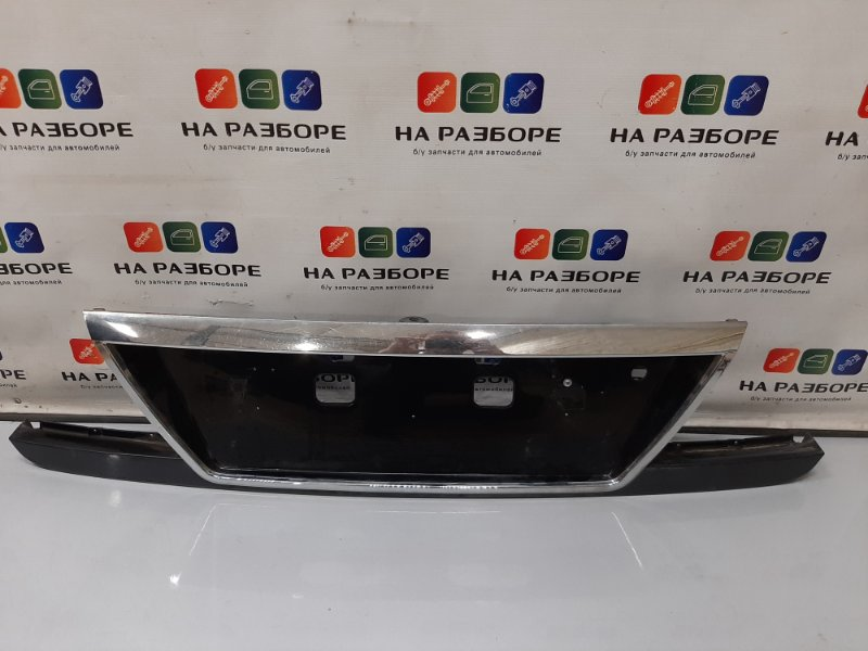 Накладка крышки багажника Kia Magentis EF G6BV 2006 (б/у)
