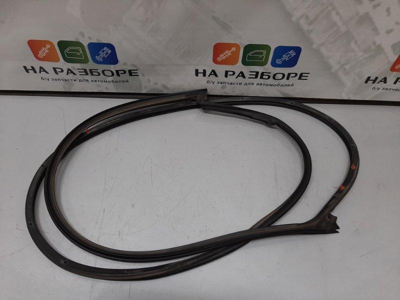 Уплотнительная резинка на дверь передняя левая Changan CS35 2014 1.6 Б/У