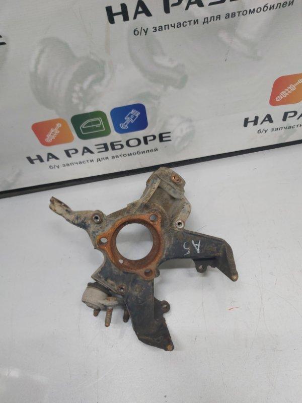 Кулак поворотный Skoda Octavia A5 передний правый (б/у)