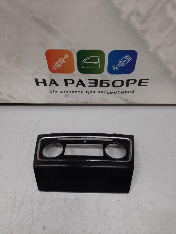 Накладка на центральную консоль (торпеды) Skoda Superb 3T CDA 2011 (б/у)