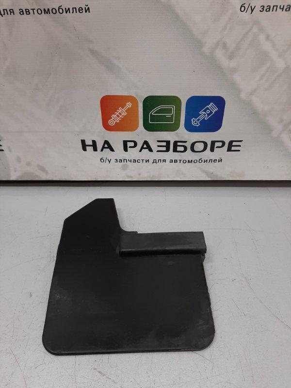 Брызговик Lada Niva 2121 1.3 2013 передний правый (б/у)