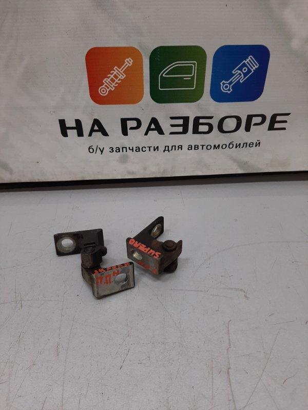 Петля двери Skoda Superb 3T CDA 2011 передняя правая (б/у)