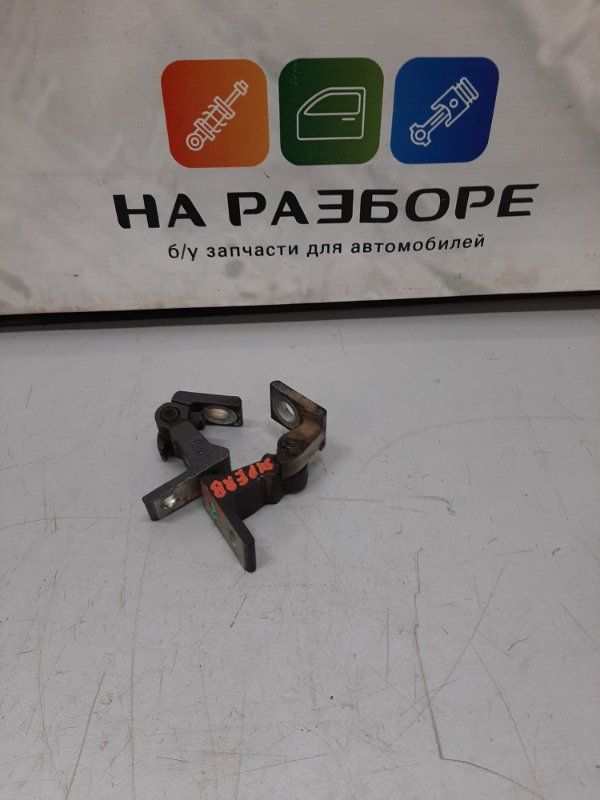 Петля двери Skoda Superb 3T CDA 2011 задняя левая (б/у)