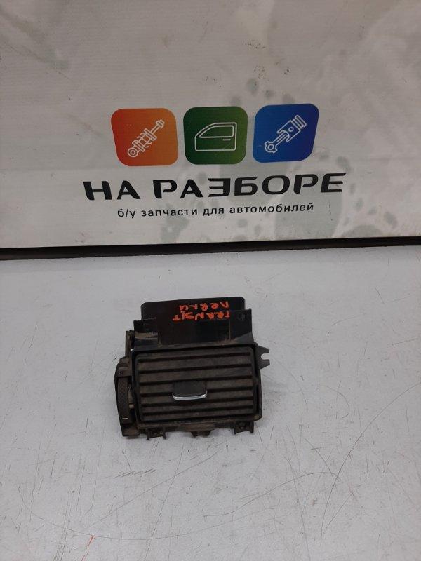 Дефлектор на торпедо Ford Transit левый (б/у)