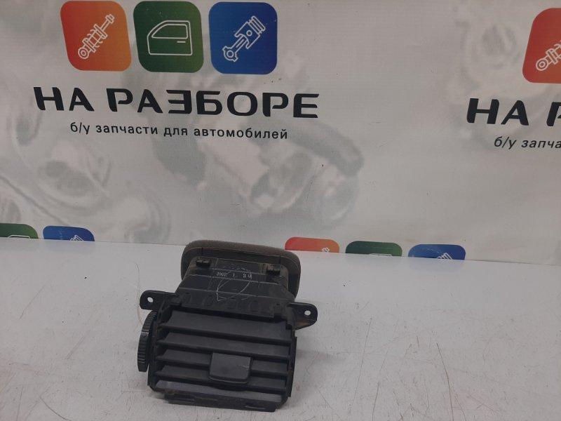 Дефлектор на торпедо Mazda 3 BK 1.6 2008 левый (б/у)