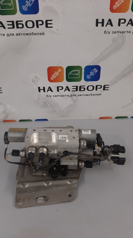 Цилиндр управления гидроподвеской Land Rover Range Rover L405 508PS 2015 (б/у)