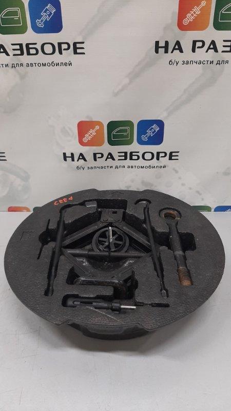 Ящик для инструментов Kia Ceed ED G4FC 2008 (б/у)