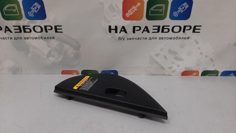 Накладки на торпедо боковые Kia Ceed ED G4FC 2008 левые (б/у)