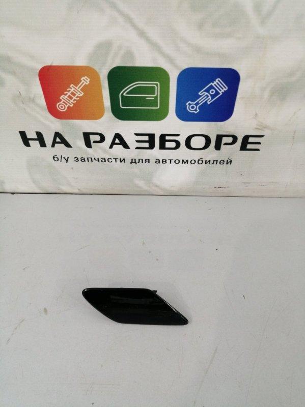 Заглушка бампера Porsche Cayenne 958 M48.02 2014 правая (б/у)