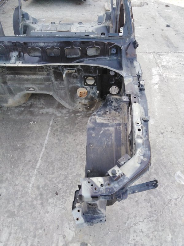 Четверть Infiniti Qx56 Z62 VK56 2012 передний левый (б/у)