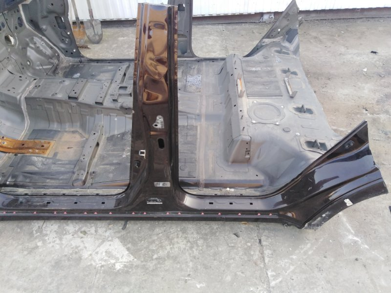 Порог кузовной Infiniti Qx56 Z62 VK56 2012 левый (б/у)