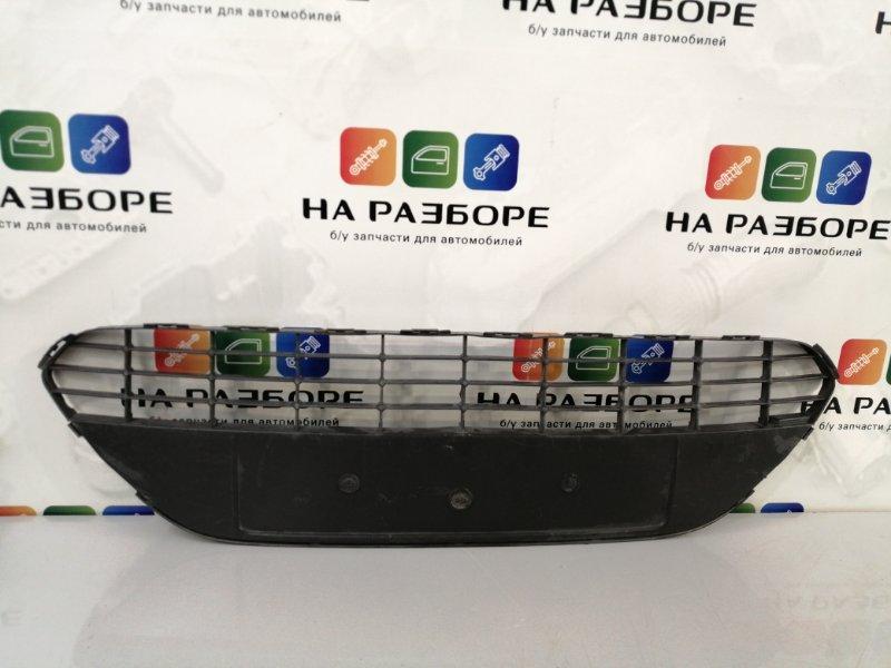 Решетка радиатора Ford Focus 2 (б/у)