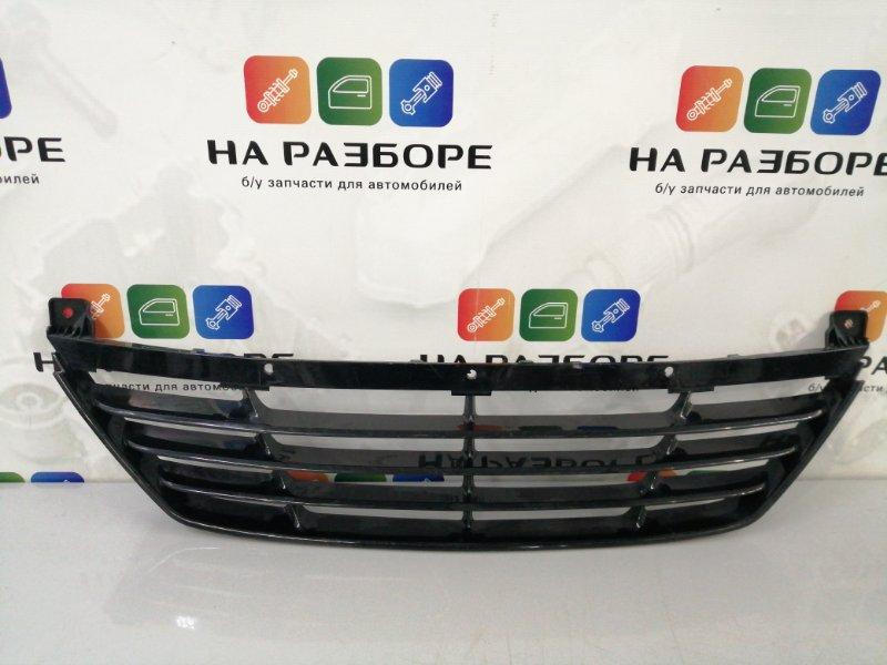 Решетка радиатора Hyundai Ix 35 (б/у)
