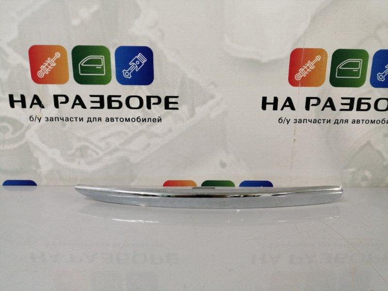 Накладка на бампер Kia Sportage передняя правая (б/у)