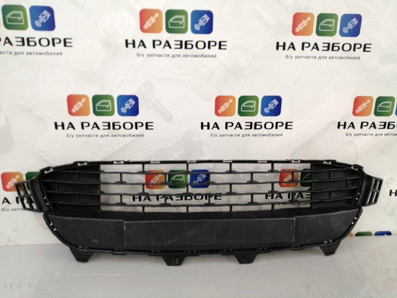 Решетка радиатора Kia Rio 4 (б/у)