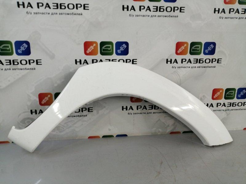 Накладка на крыло Toyota Hilux передняя правая (б/у)