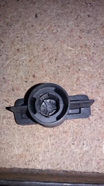 Бегунок распределителя зажигания Mitsubishi Colt C64A