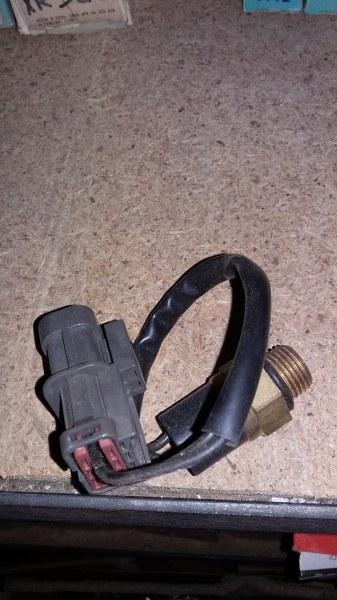 Термовыключатель вентилятор радиатора Nissan Maxima 1 1