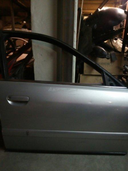 Дверь передняя правая Audi A4 8D2 1Z