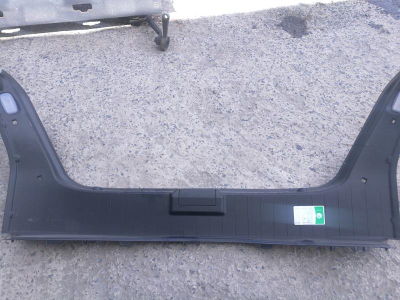 Накладка багажника (грузовой борт) Mercedes-Benz E-Class W211 M112E26