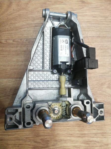 Мотор рулевой колонки Mercedes-Benz C-Class W203 M271KE16ML
